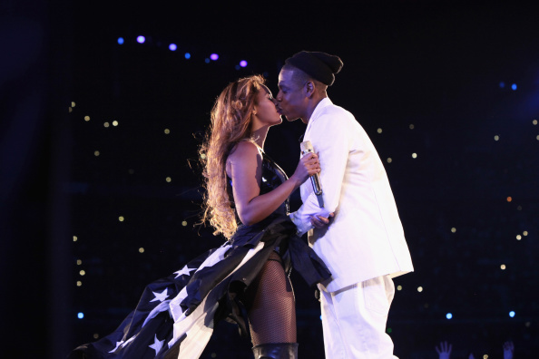 Jay Z + Beyonce quell divorce rumors