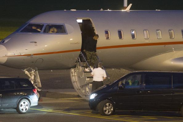 Jay Z arrives in Antwerp