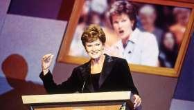 2000 Hall of Fame Enshrinement