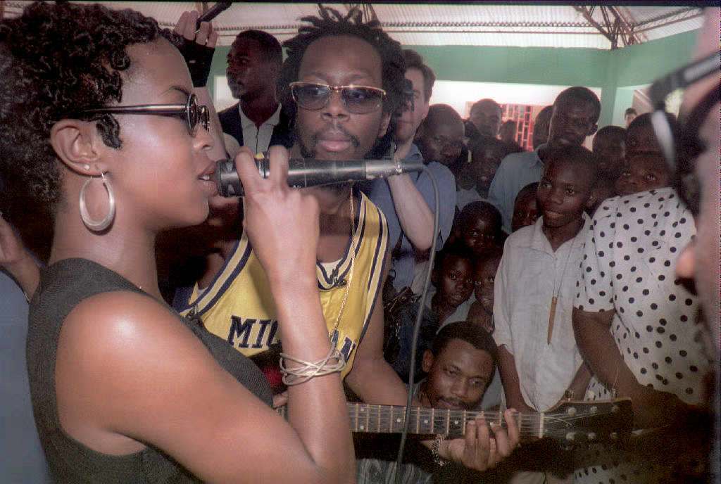 Lauryn Hill (L) and Wyclef Jean of the Haitian-Ame